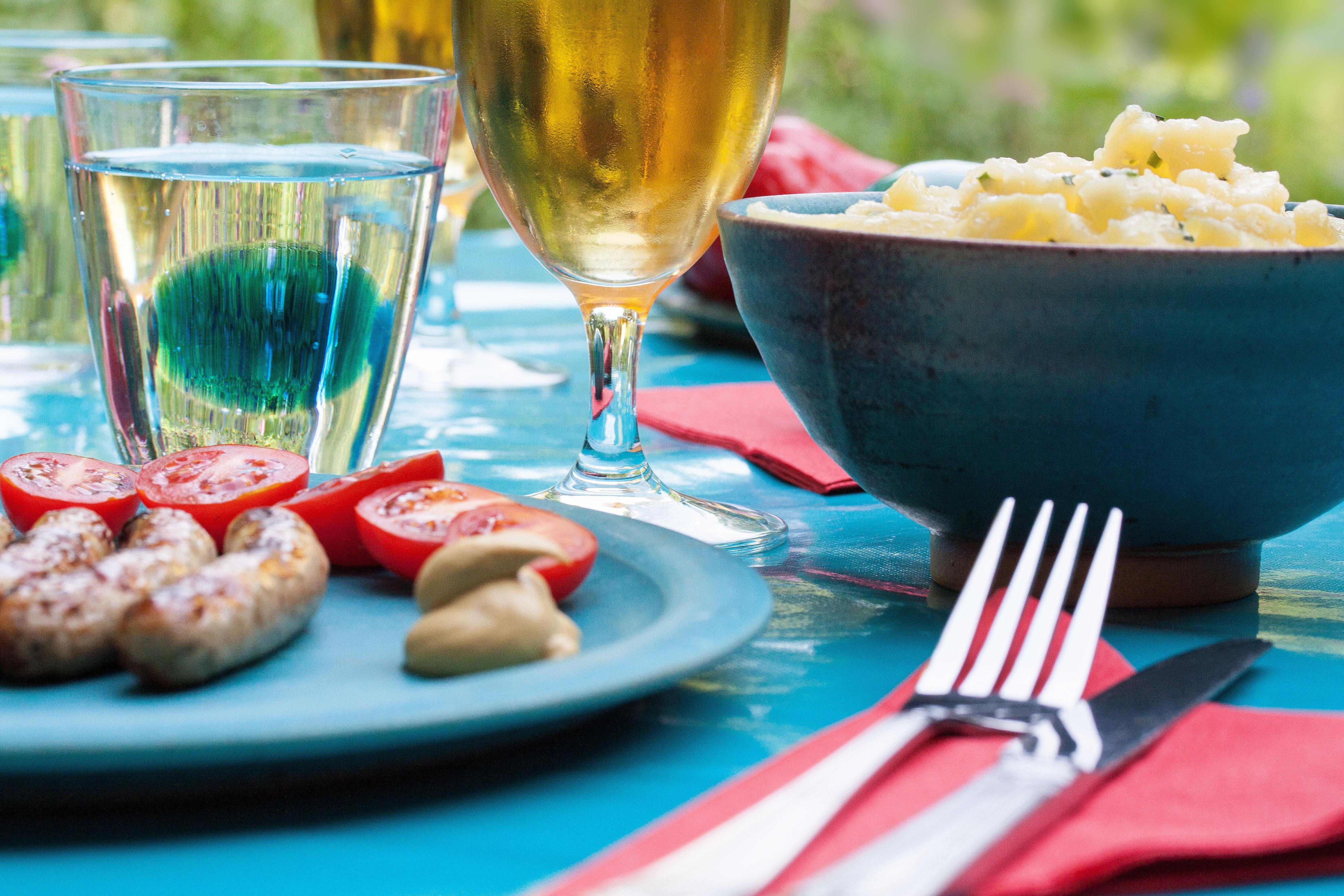 food-summer-party-dinner.jpg